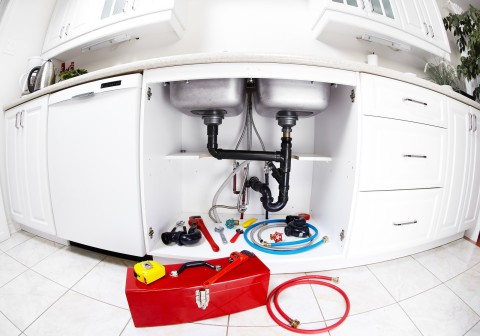 Drain Cleaners Reveal the Most Common Things that can Clog your Drain