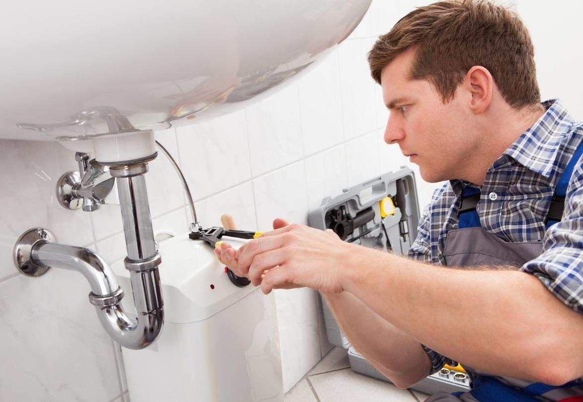 hiring a saskatoon-plumber