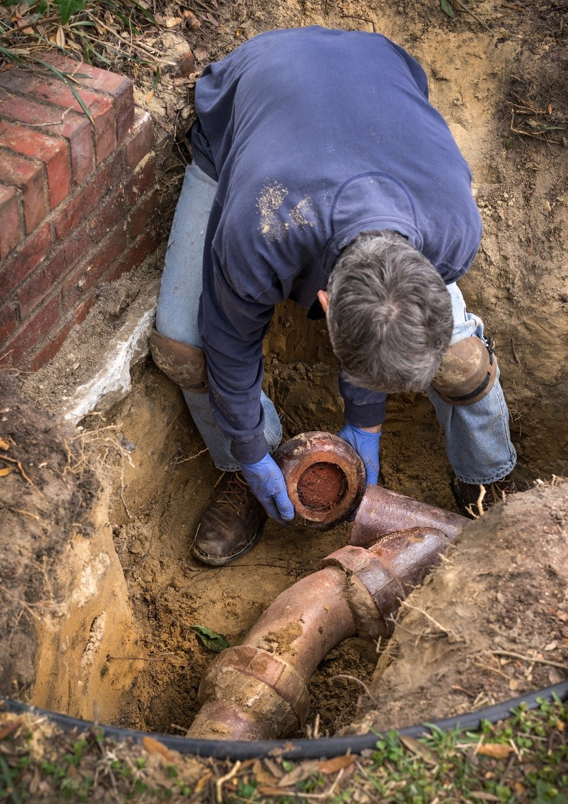 cleaning-main-sewer-lines